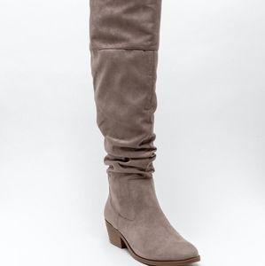 "Francesca's - ""Tabitha"" Scrunched High Shaft Boots"